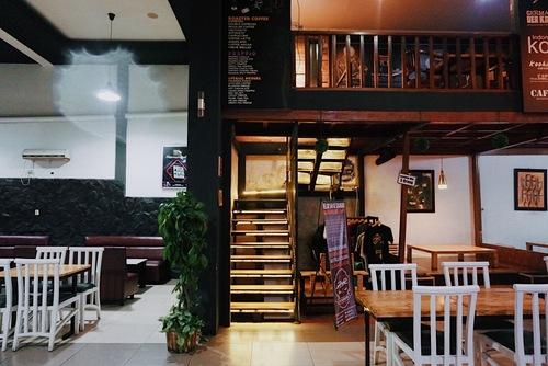 Mamih Ungu Resto dan Cafe